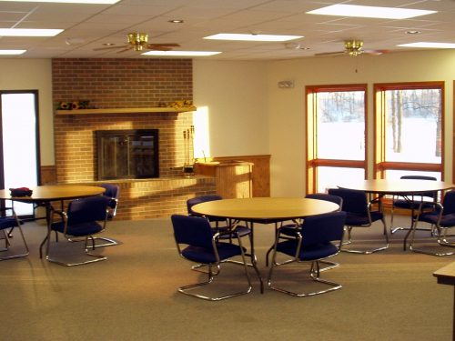 Den in downstairs of Daniel Retreat Center