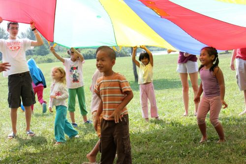 ANO day campers enjoy the parachute time