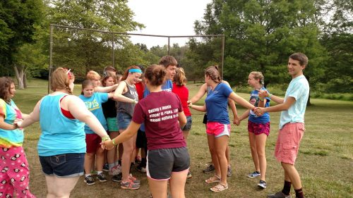 ReGroup campers undoing a human knot